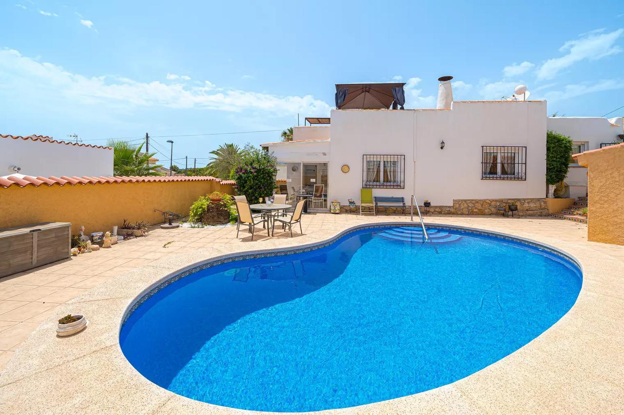 Villa -                                       Alfaz Del Pi -                                       3 dormitorios -                                       6 ocupantes