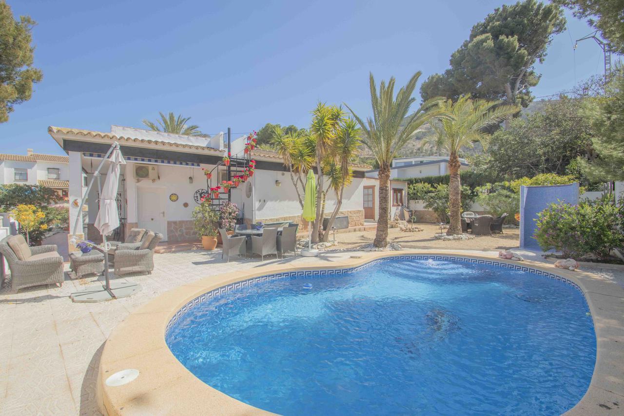 Villa -                                       Playa De Albir -                                       4 dormitorios -                                       8 ocupantes